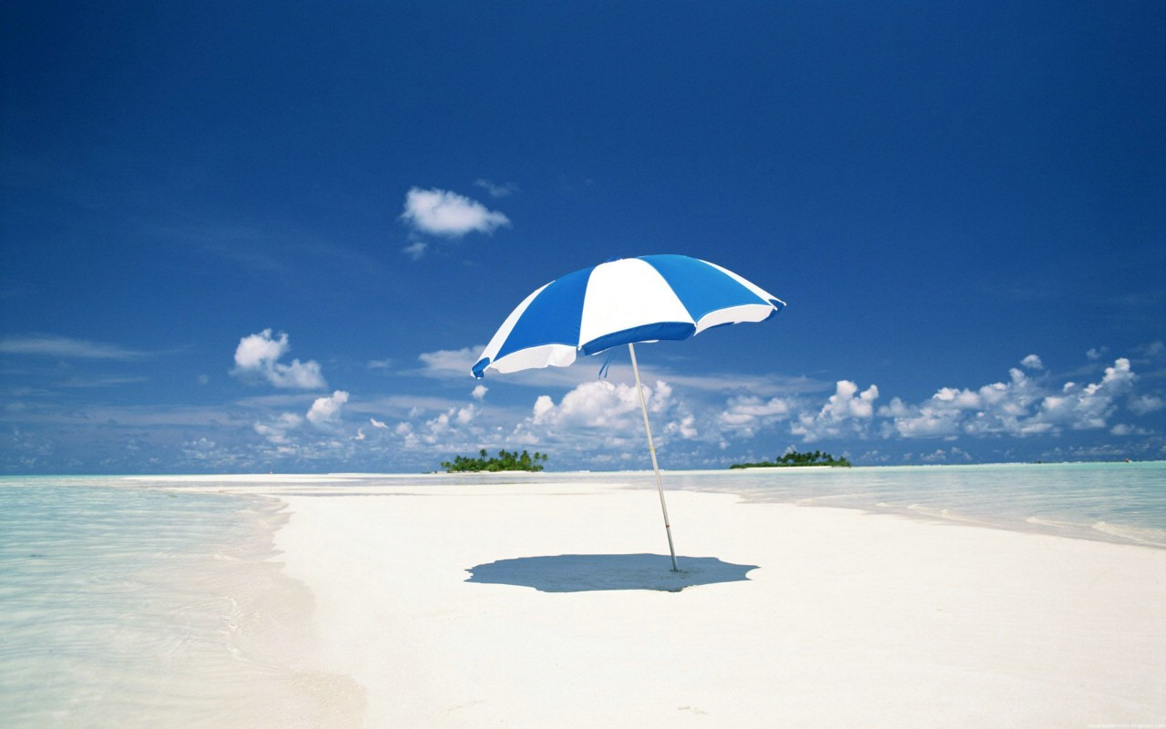 夏威夷海滩 海滩风景 沙滩上漂亮遮阳伞图片素材 jpg 高清图片